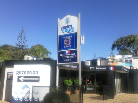 Palm Court Motor Inn - Accommodation Perth