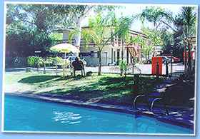 Toddy's Backpackers Resort - Accommodation Perth