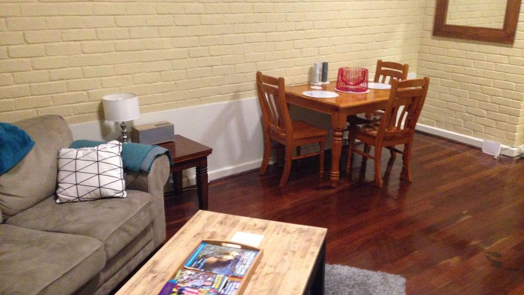 Affordable  comfortable Apartment on Langley Park Perth