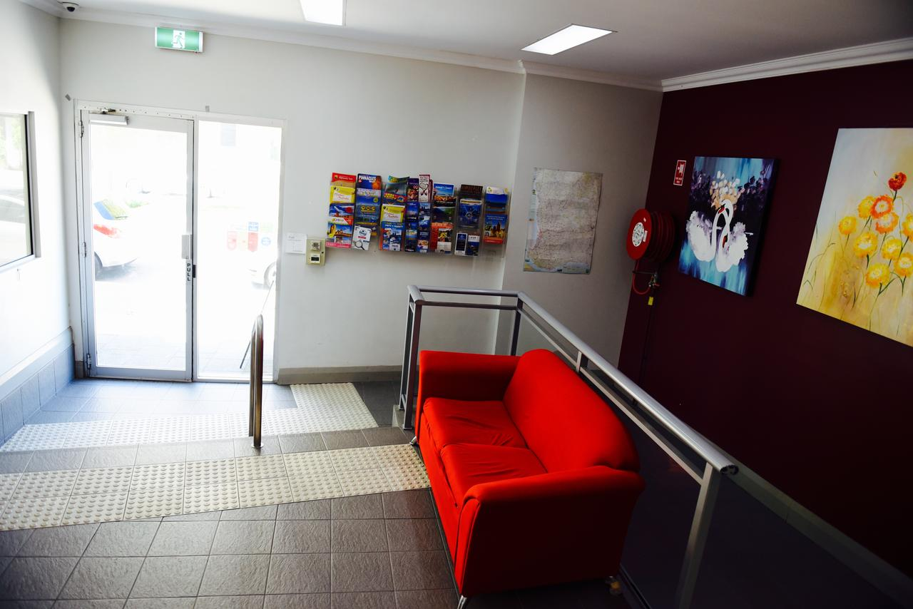The Emperors Crown Hostel - Accommodation Perth