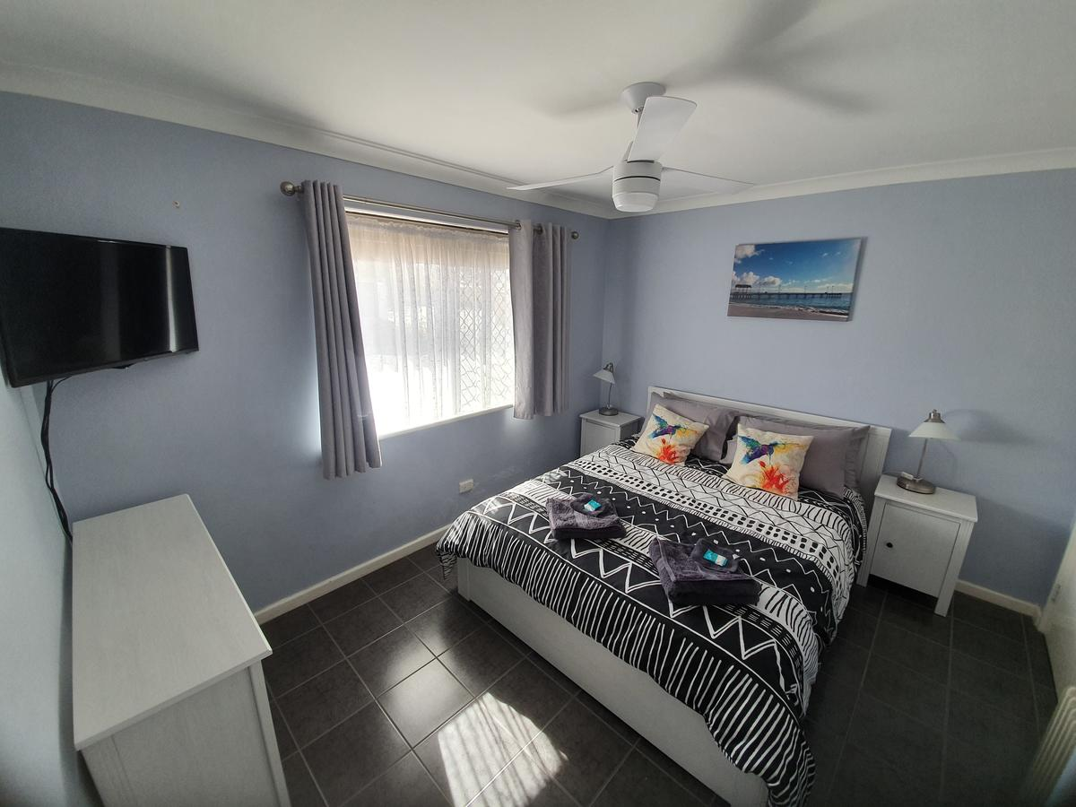 Ocean Beach Chalet 18 - Accommodation Perth
