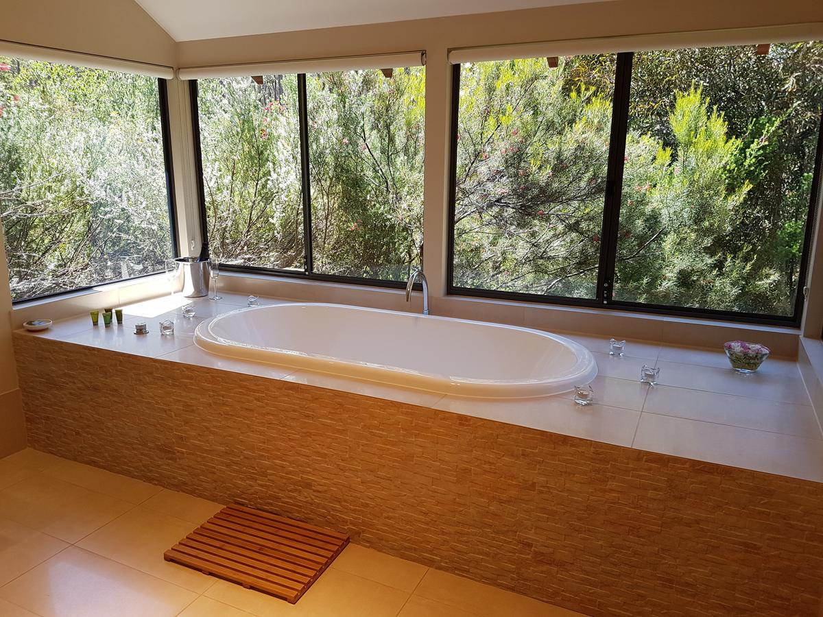 Jarrah Grove Forest Retreat - Accommodation Perth