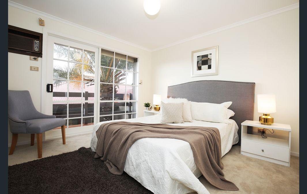 The Gallery Hours - Accommodation Perth